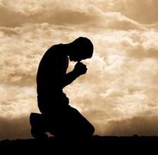 pray-kneeling_Bagaimana-Saya-Menerima-Yesus-Ke-Dalam-Kehidupan-Saya?