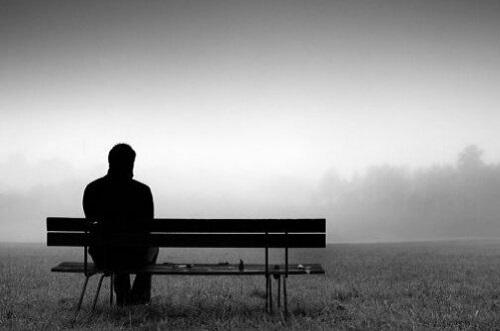 kesendirian -- 9 Janji Di Alkitab Saat Anda Merasa Sendirian