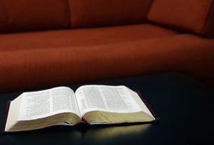 Renungan Alkitab Harian