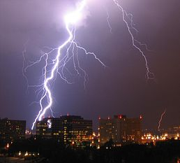 258px-Lightning_in_Arlington