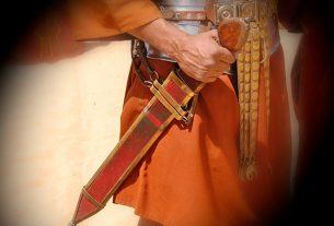 Pedang Roh