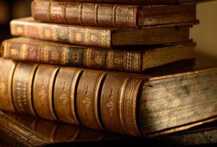 buku sejarah gereja